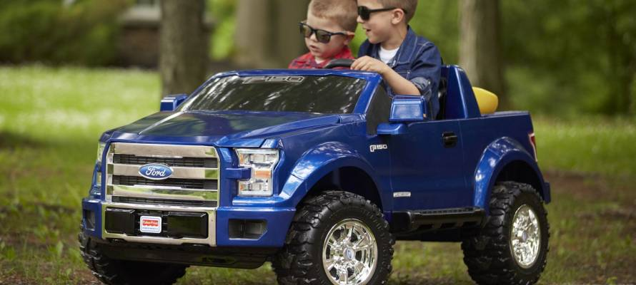 1466742527_fisher-price-power-wheels-f-150-13-1.jpg